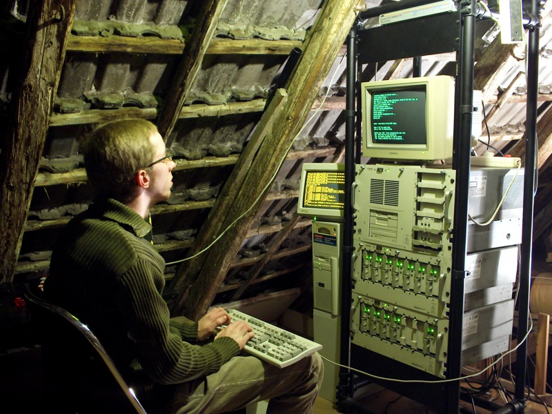 Unix_Server_Attic_Hideaway, by Rudolf Schuba [CC BY 2.0